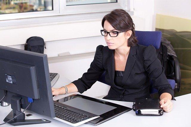 מזכירה מקצועית